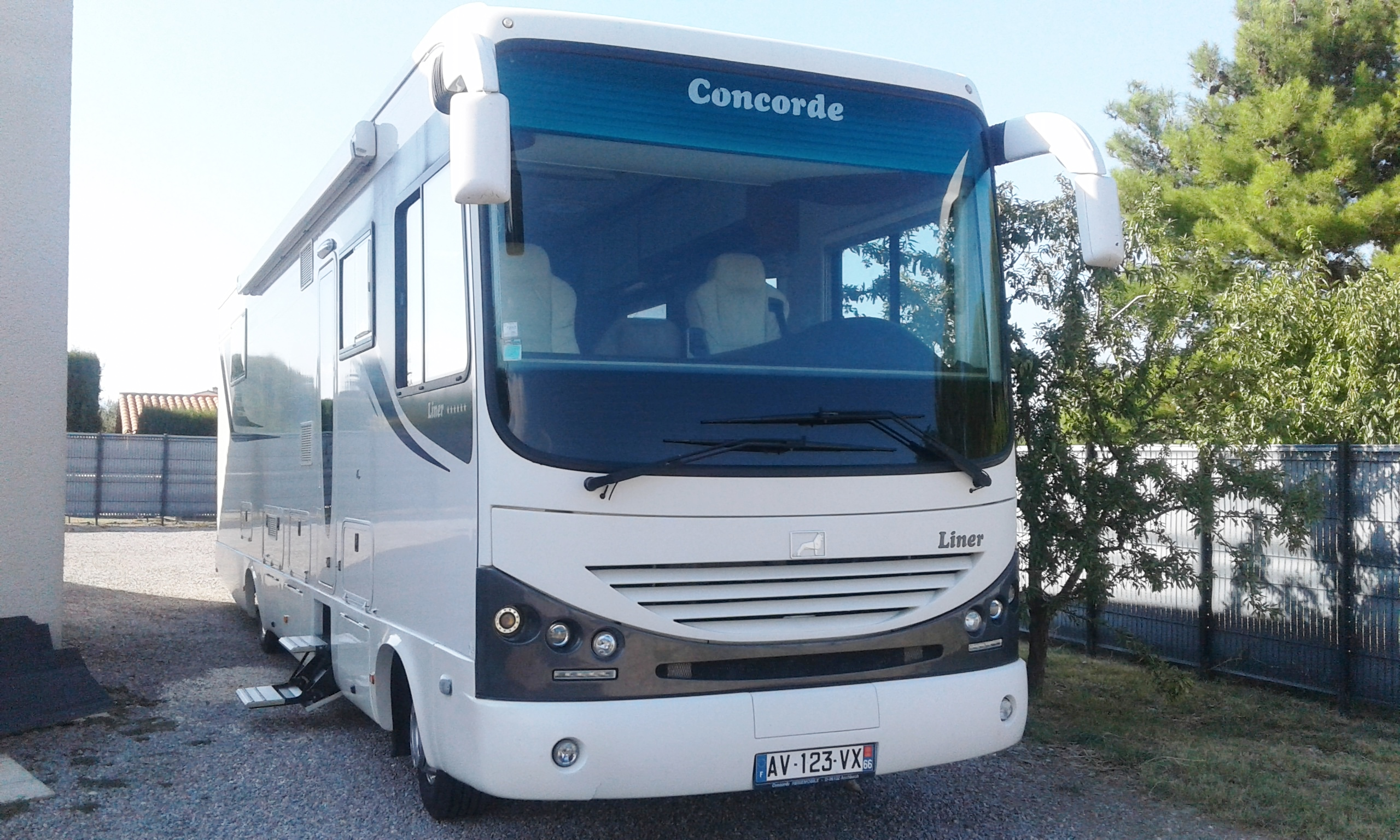 Concorde liner 1060 gmax occasion de 2010 man camping for Tarif location garage pour camping car