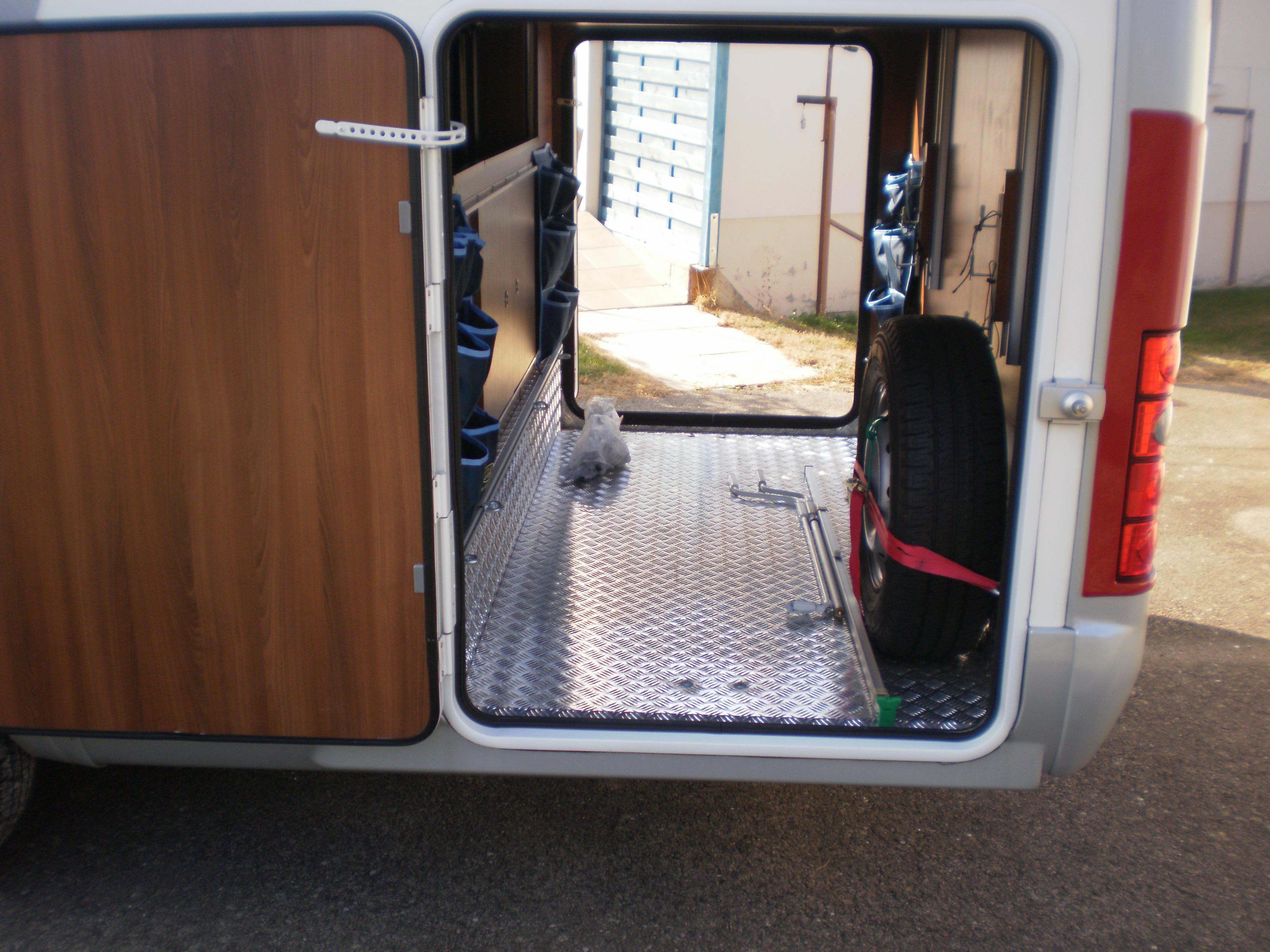 Mc louis 876 g occasion de 2012 fiat camping car en for Garage vosges occasion