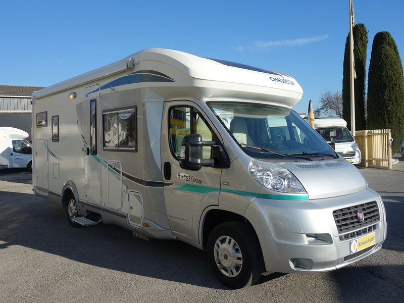 Chausson sweet garage occasion de 2012 fiat camping for Camping car garage