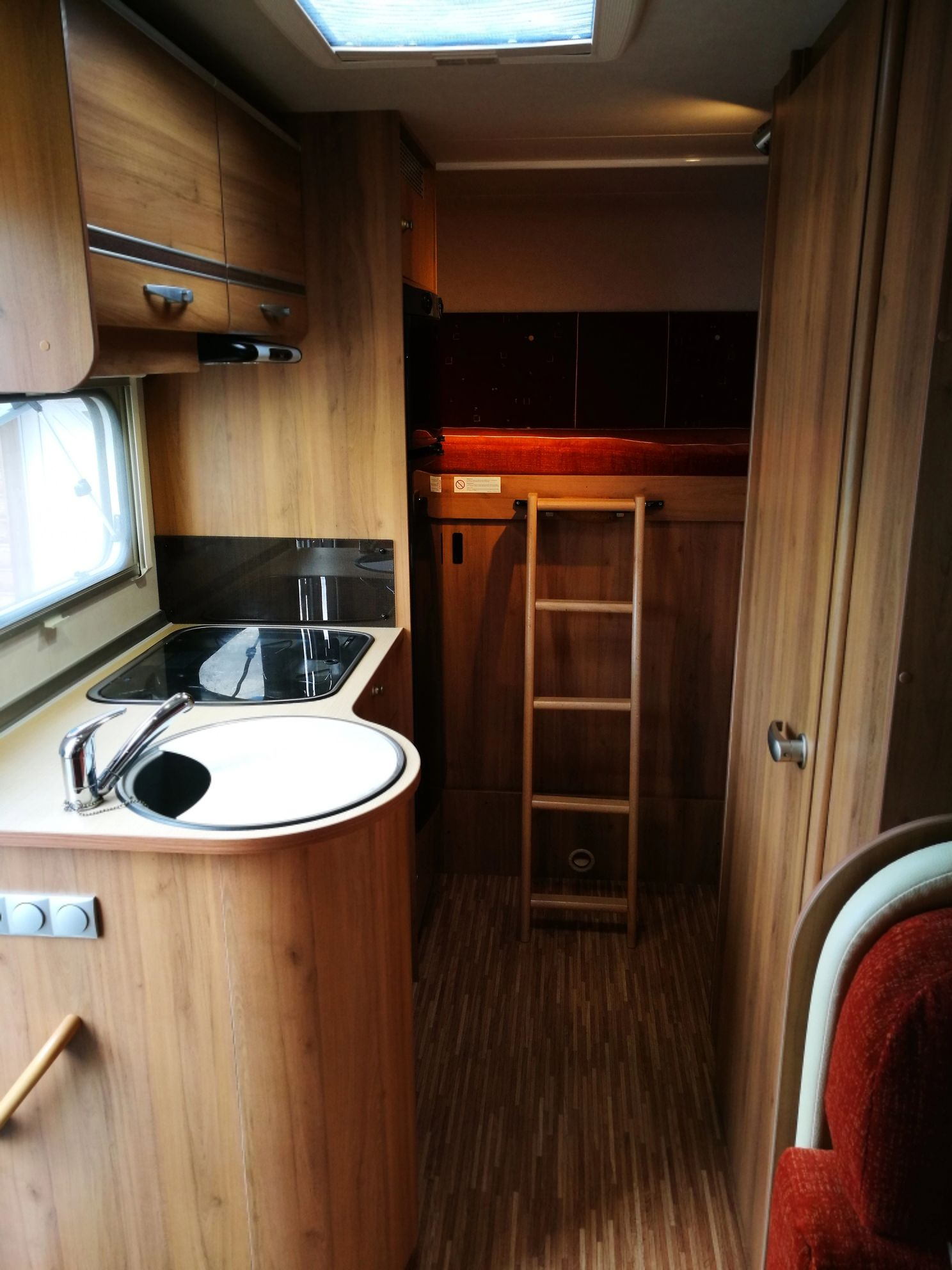 burstner a 570 nexxo family occasion de 2008 - ford - camping car en vente  u00e0  haut-rhin