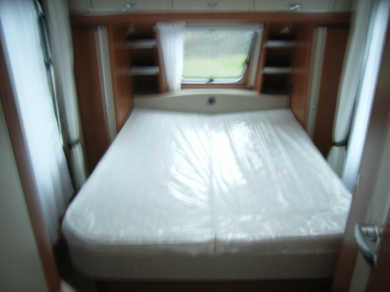 hobby 490 sff neuf de 2012 caravane en vente olemps aveyron 12. Black Bedroom Furniture Sets. Home Design Ideas