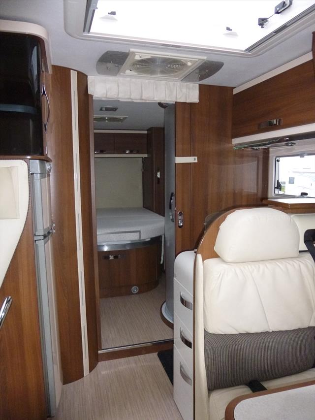 mc louis nevis 872 occasion porteur fiat diesel camping car vendre en nord 59 ref 101628. Black Bedroom Furniture Sets. Home Design Ideas