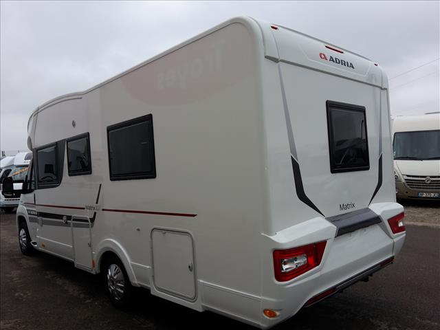 adria matrix plus m 670 slt neuf de 2017 ducato camping car en vente villechetif aube 10. Black Bedroom Furniture Sets. Home Design Ideas