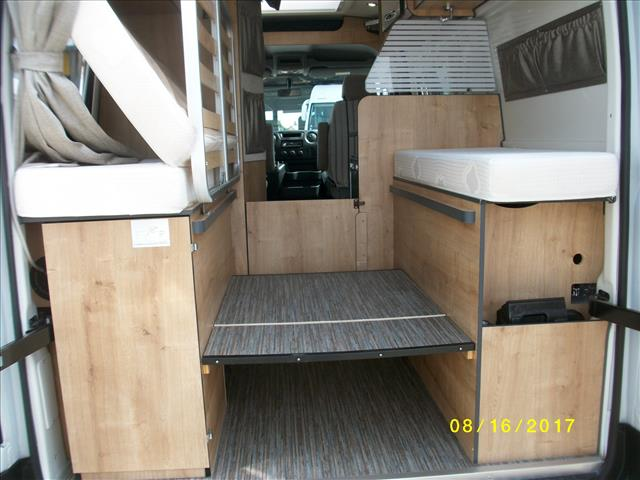 font vendome venise occasion porteur autres master 35 l 2l3 tdci 125 diesel camping car. Black Bedroom Furniture Sets. Home Design Ideas
