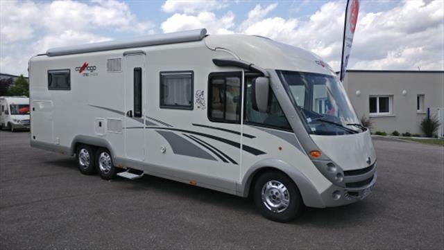 carthago chic c line xl 58 occasion porteur fiat alko 40 h 3l0 jtd 177 diesel camping car. Black Bedroom Furniture Sets. Home Design Ideas