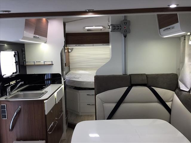 pilote g 650 c essentiel neuf de 2018 fiat camping car. Black Bedroom Furniture Sets. Home Design Ideas