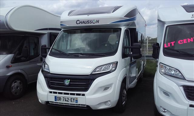 chausson titanium 610 occasion de 2015 ducato camping car en vente jouy aux arches moselle. Black Bedroom Furniture Sets. Home Design Ideas