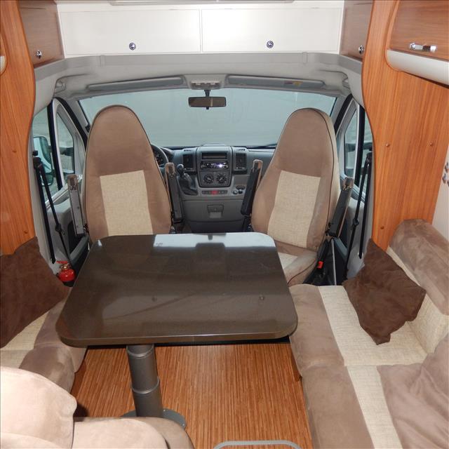 adria matrix 680 sp occasion de 2011 fiat camping car en vente orgeres ile et villaine 35. Black Bedroom Furniture Sets. Home Design Ideas