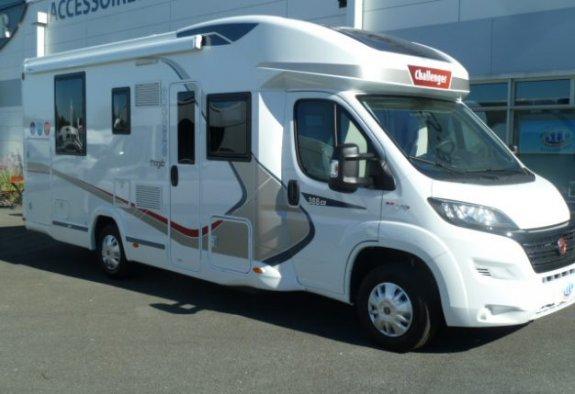 le monde du camping car annonce rencontre. Black Bedroom Furniture Sets. Home Design Ideas