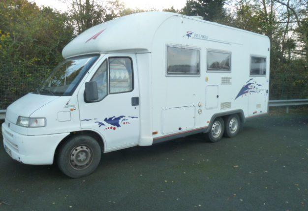 frankia t 670 occasion de 1999 fiat camping car en vente les clouzeaux vendee 85. Black Bedroom Furniture Sets. Home Design Ideas