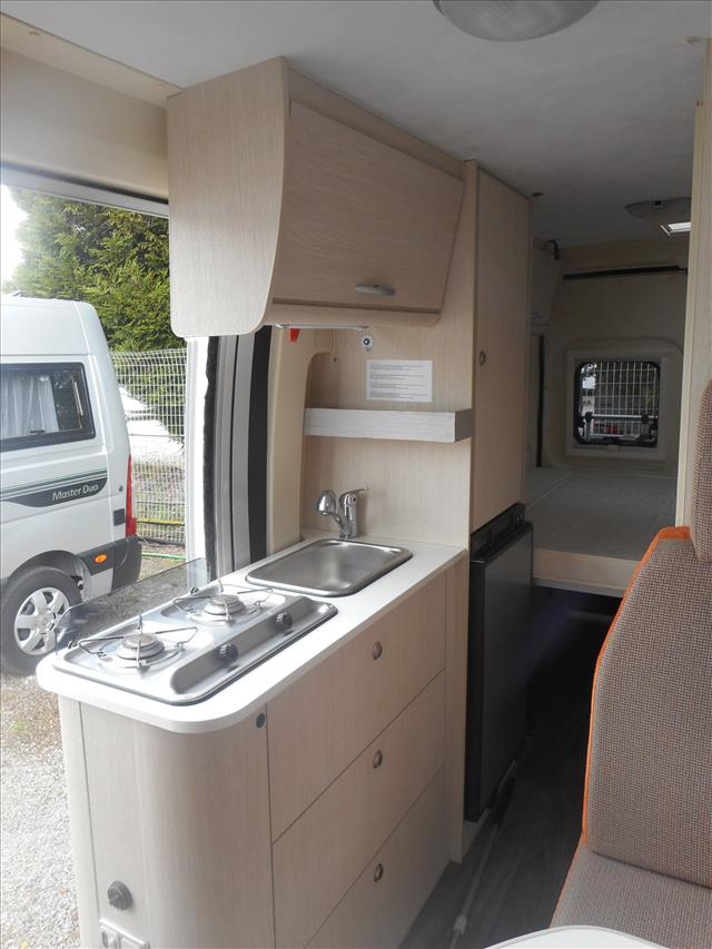 chausson twist v594 occasion porteur fiat ducato 130 cv 2 3 l diesel camping car vendre en. Black Bedroom Furniture Sets. Home Design Ideas