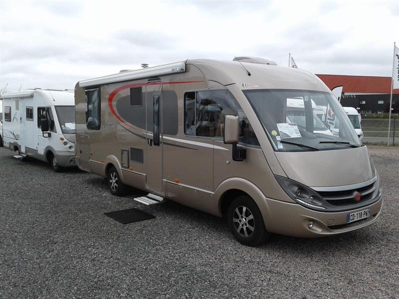 burstner aviano i 727 occasion de 2012 fiat camping car en vente yffiniac cotes d armor 22. Black Bedroom Furniture Sets. Home Design Ideas