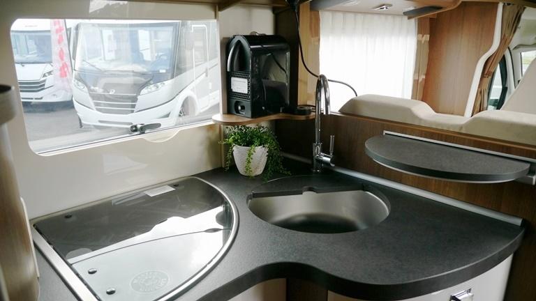 carthago c tourer t 150 neuf de 2017 fiat camping car en vente guilberville manche 50. Black Bedroom Furniture Sets. Home Design Ideas
