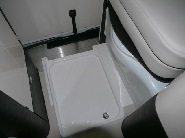westfalia jules verne neuf de 2016 mercedes camping car en vente guilberville manche 50. Black Bedroom Furniture Sets. Home Design Ideas