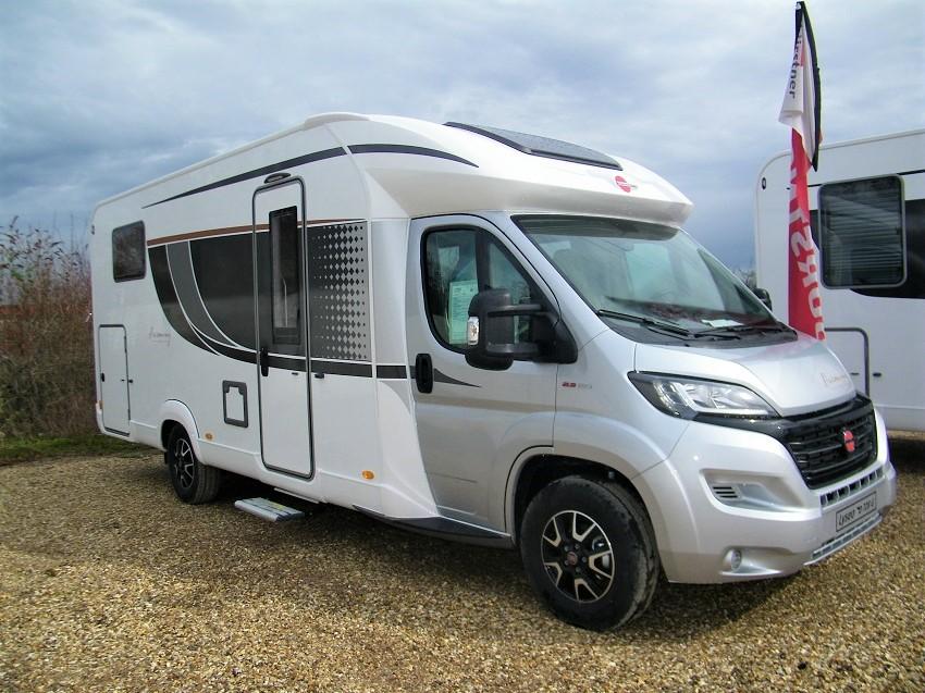 burstner lyseo it 728 g harmony line neuf de 2018 fiat camping car en vente bouafle. Black Bedroom Furniture Sets. Home Design Ideas