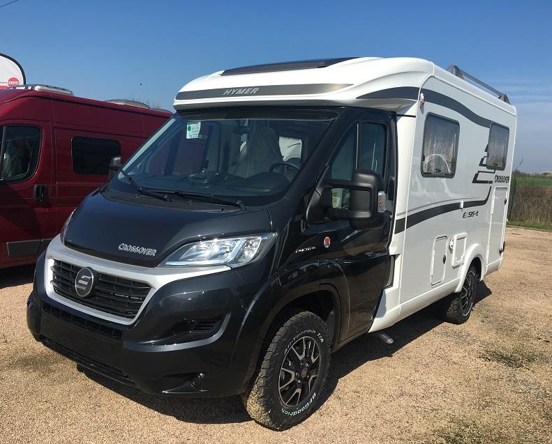 hymer exsis t 414 crossover neuf de 2017 fiat camping car en vente bouafle yvelines 78. Black Bedroom Furniture Sets. Home Design Ideas