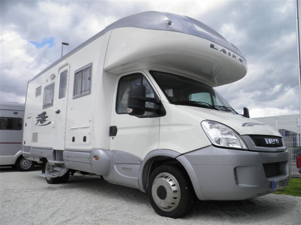 laika kreos 3003 occasion de 2011 iveco camping car en. Black Bedroom Furniture Sets. Home Design Ideas