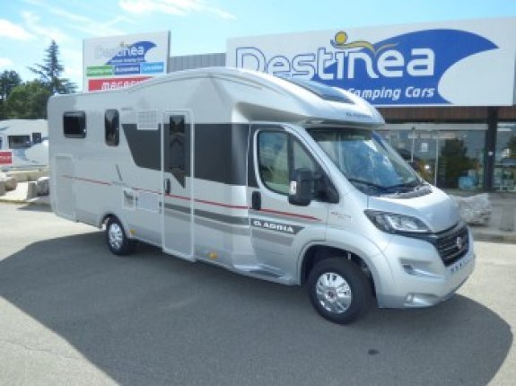 Adria Matrix Platinum 670 SC