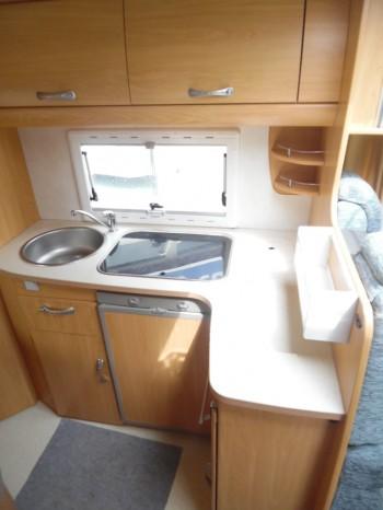 chausson welcome 85 occasion de 2004 citroen camping car en vente toulouse haute garonne. Black Bedroom Furniture Sets. Home Design Ideas