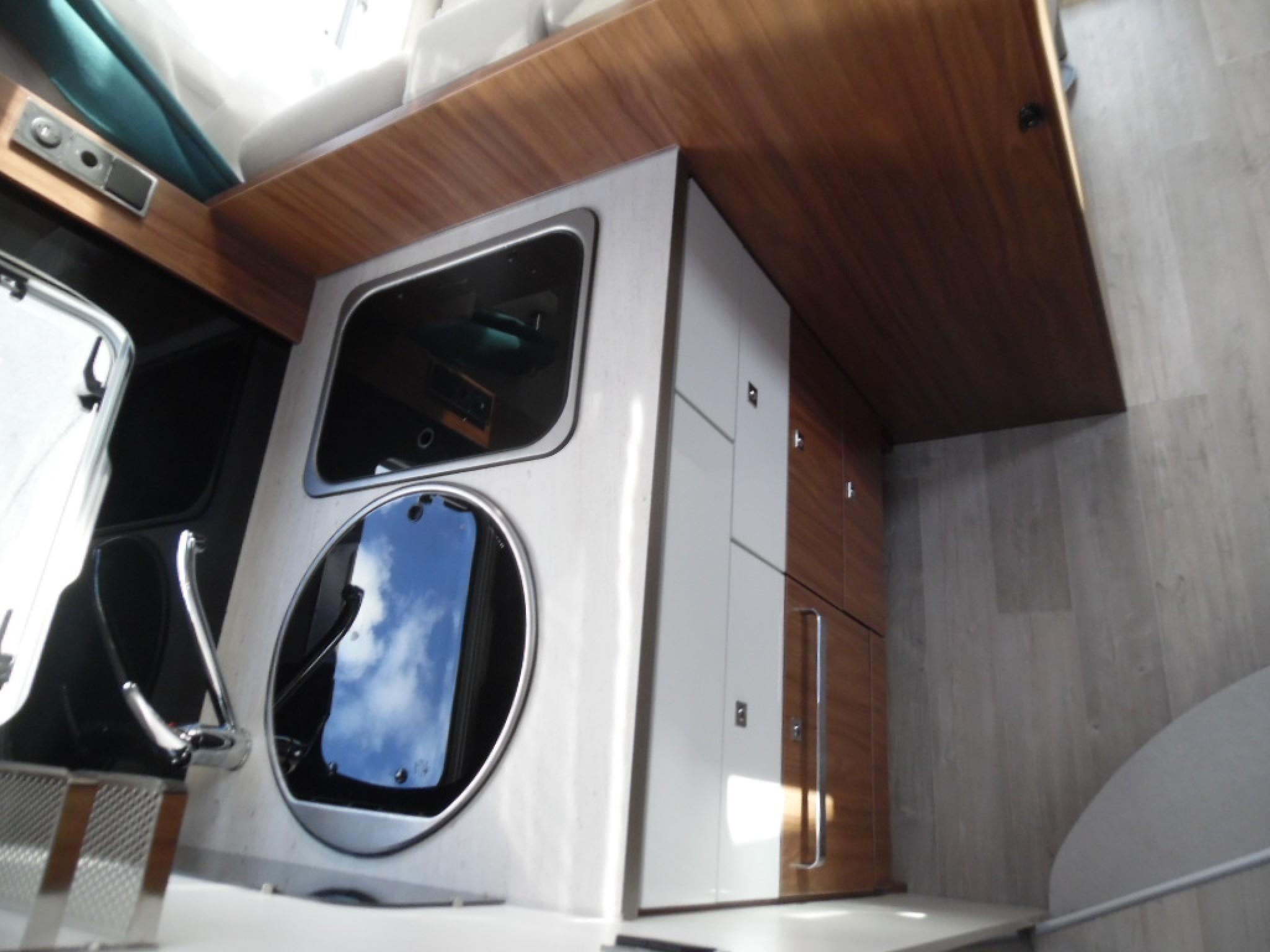 pilote p 706 occasion de 2016 fiat camping car en vente toulouse haute garonne 31. Black Bedroom Furniture Sets. Home Design Ideas