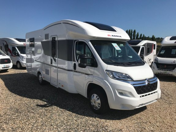 Adria Matrix Axess 670 SC