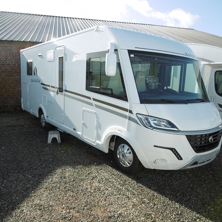 bavaria i 740 c style neuf de 2018 fiat camping car en vente claye souilly seine et marne. Black Bedroom Furniture Sets. Home Design Ideas