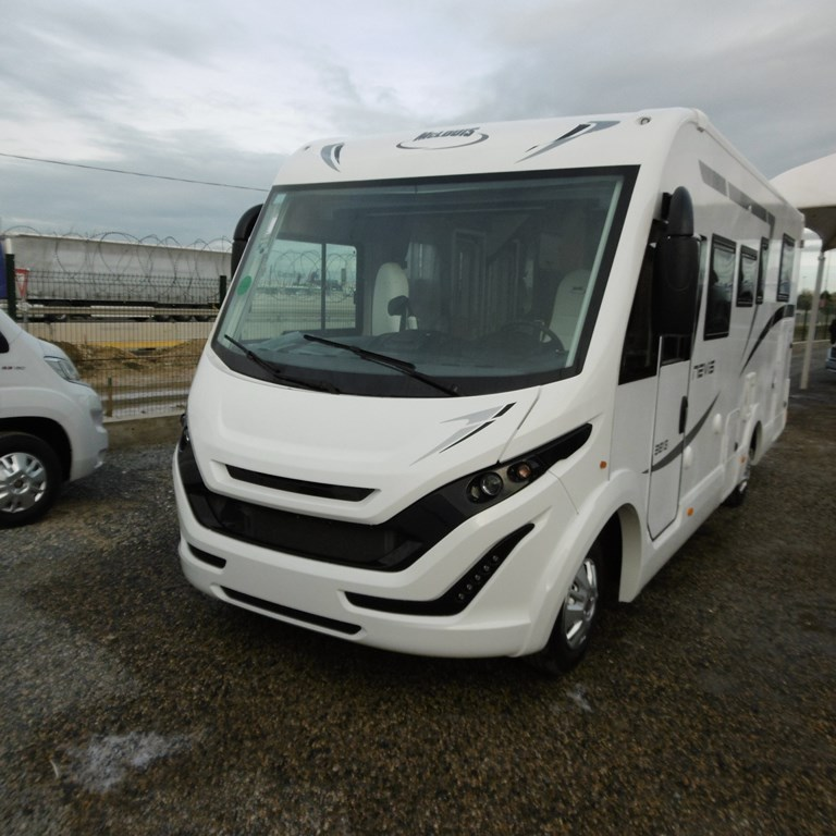 mc louis nevis 381 neuf de 2019 fiat camping car en vente claye souilly seine et marne 77. Black Bedroom Furniture Sets. Home Design Ideas
