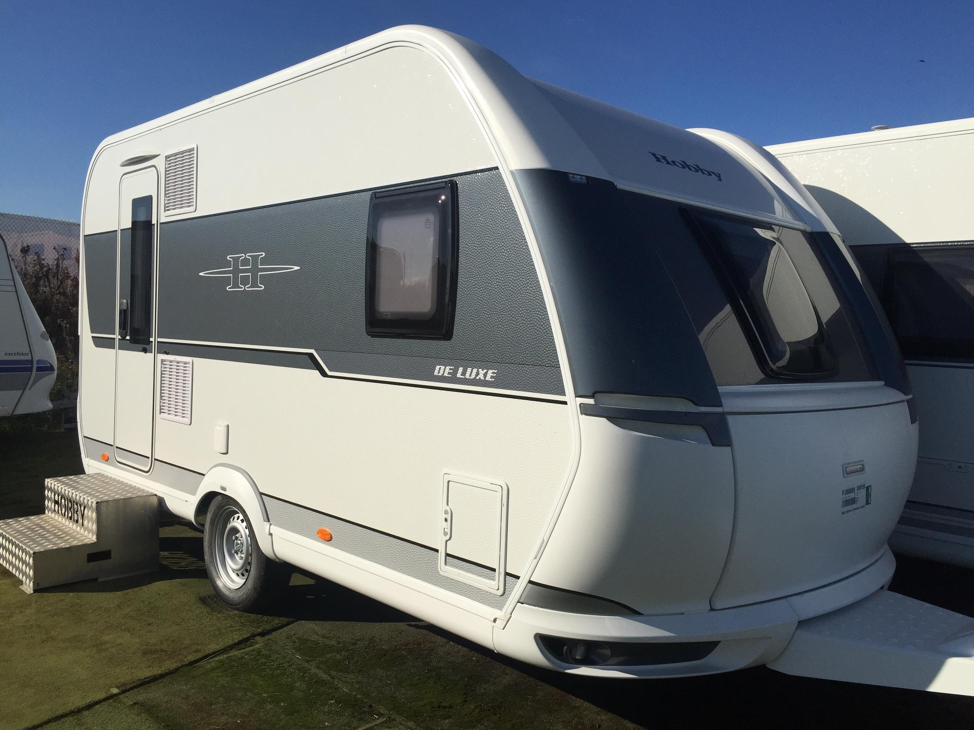 hobby 400 sfe de luxe neuf de 2018 caravane en vente oberschaeffolsheim rhin 67. Black Bedroom Furniture Sets. Home Design Ideas