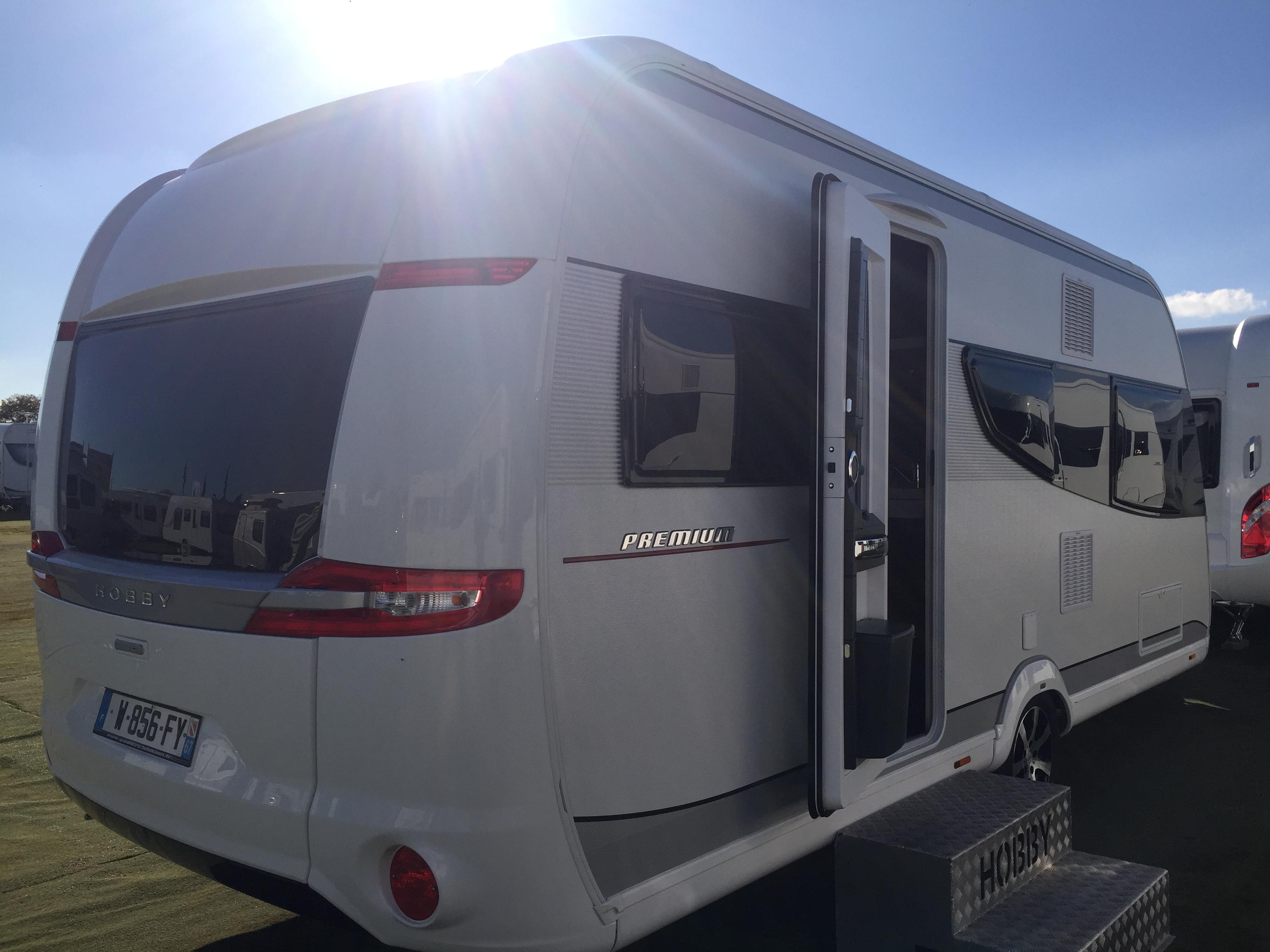 hobby 495 ul premium neuf de 2018 caravane en vente oberschaeffolsheim rhin 67. Black Bedroom Furniture Sets. Home Design Ideas