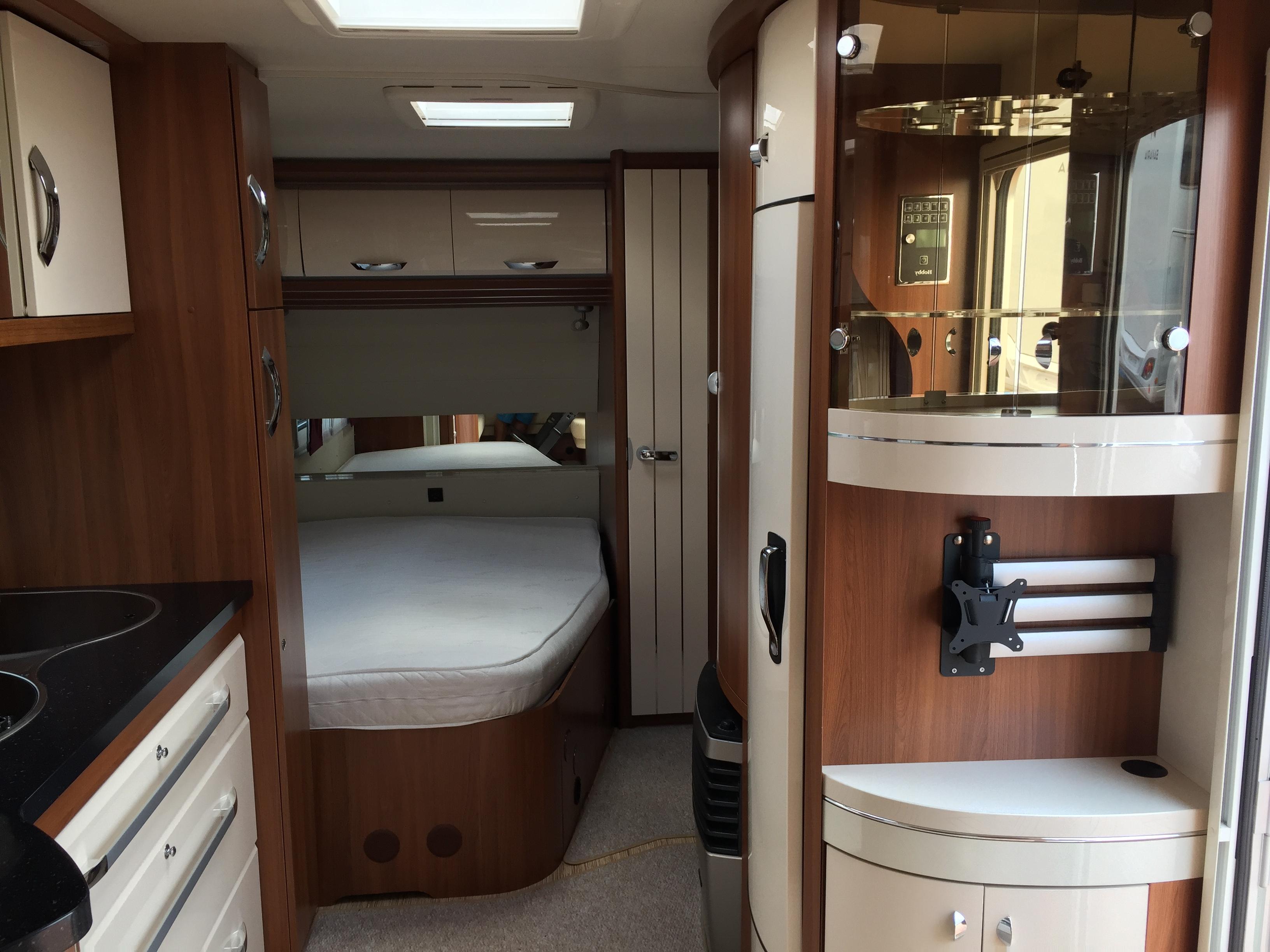 hobby 540 ufe premium occasion de 2014 caravane en vente oberschaeffolsheim rhin 67. Black Bedroom Furniture Sets. Home Design Ideas