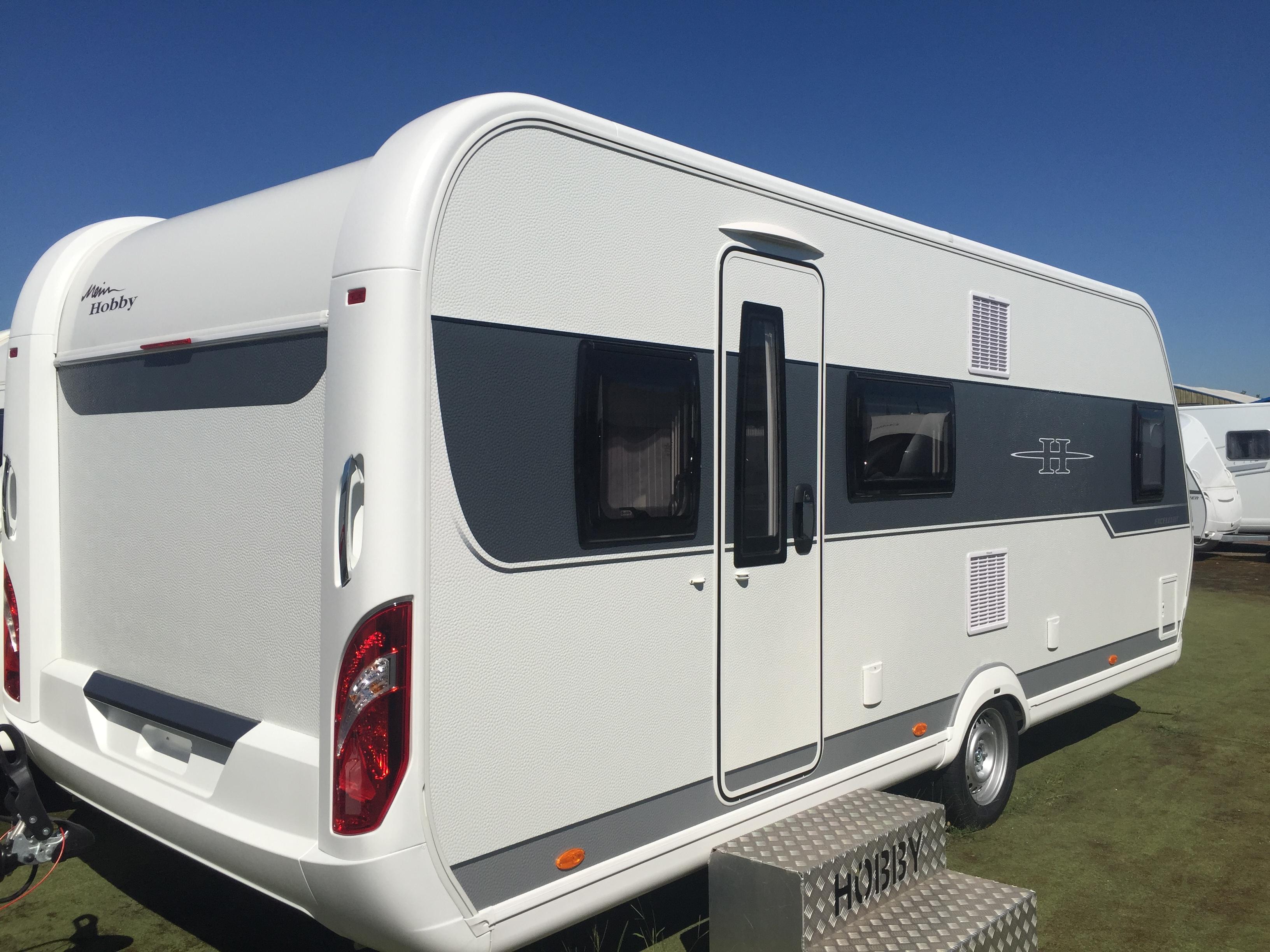 hobby 560 kmfe exellent neuf de 2017 caravane en vente oberschaeffolsheim rhin 67. Black Bedroom Furniture Sets. Home Design Ideas