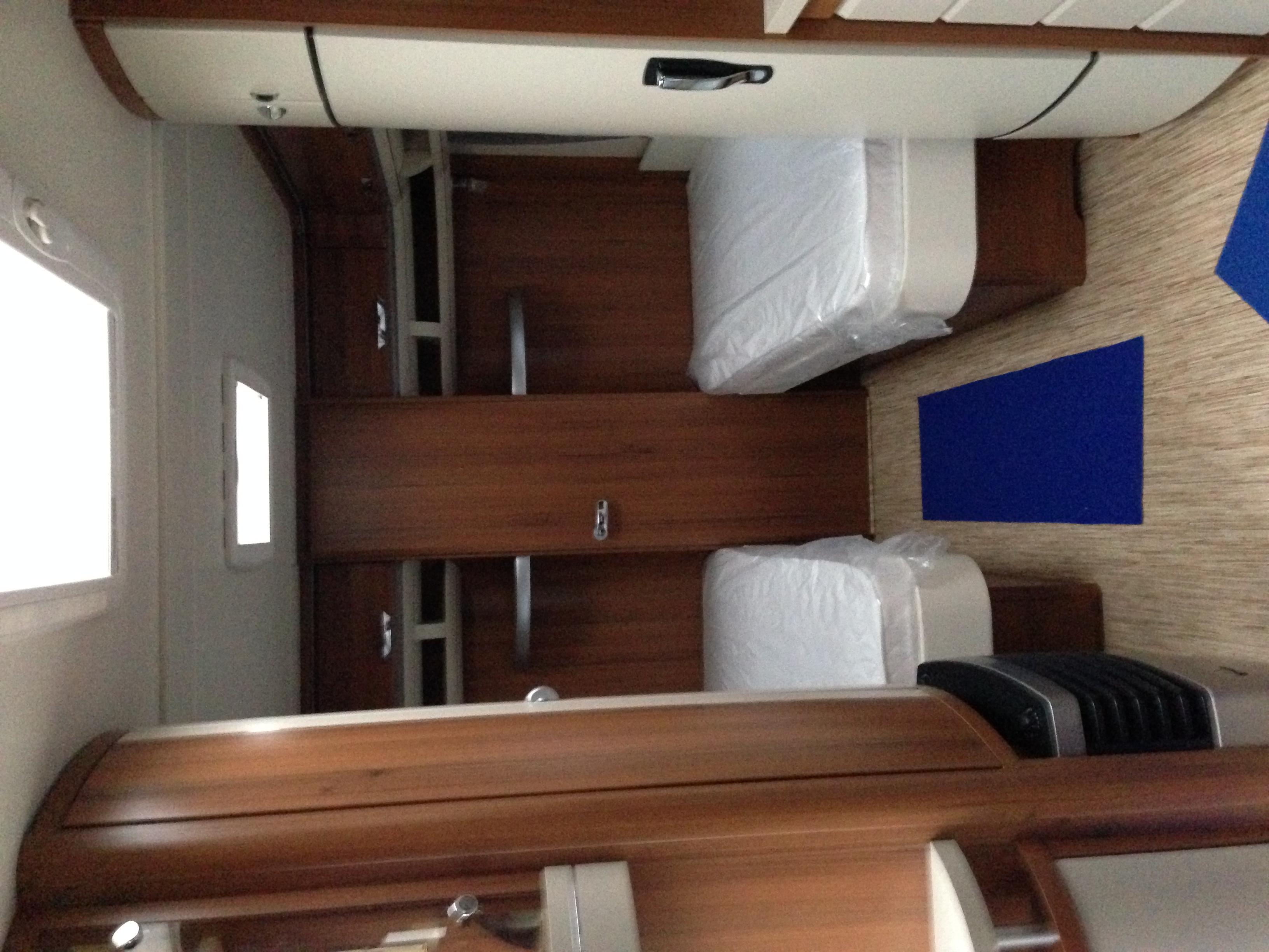 hobby 560 wlu premium neuf de 2013 caravane en vente oberschaeffolsheim rhin 67. Black Bedroom Furniture Sets. Home Design Ideas